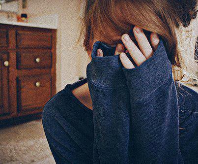 J'ai appris que les adieux feront toujours mal, que les photos ne remplaceront jamais le plaisir que l'on éprouvait au moment où elles ont été prises et que les souvenirs, qu'ils soient bon ou mauvais, feront toujours pleurer.