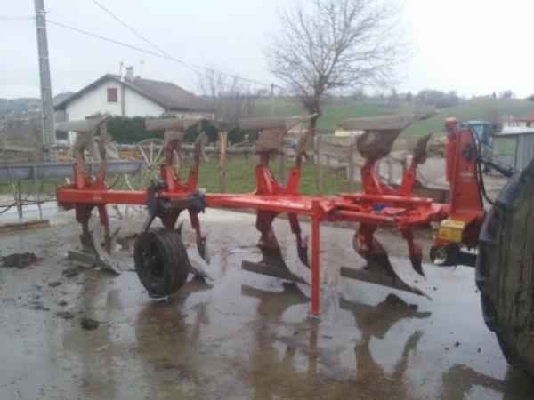 nouvelle charrue huard-kuhn master120