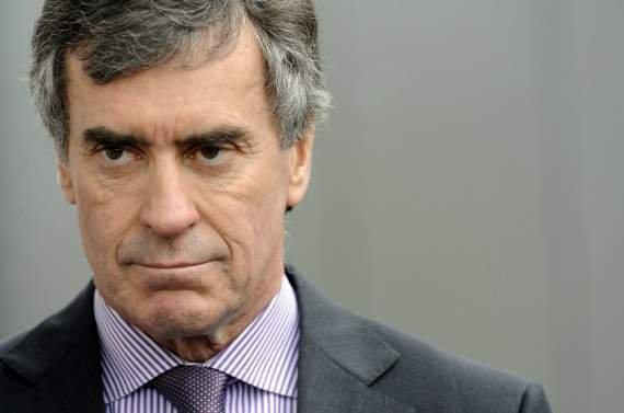 Mensonges Magouilles et corruptions