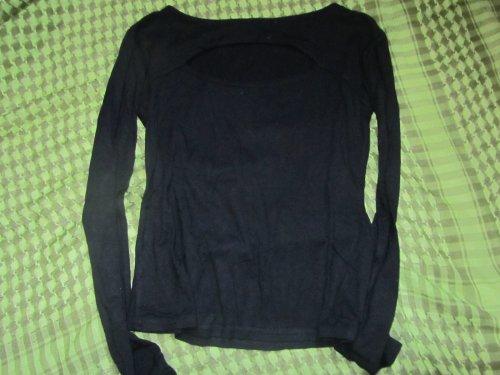 T-shirt noir manches longues