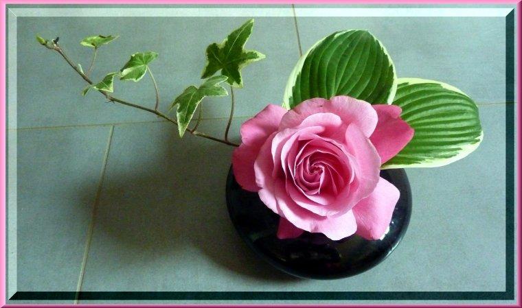 2 créations avec les pivoines et une rose