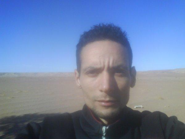 lundi 03 janvier 2011 10:54