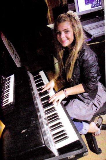 Photos De la talentueuse Caroline
