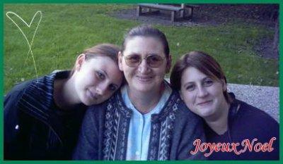 ma mere et mes deux soeurs je vous aimes vous me manker
