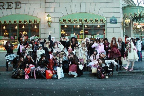 Photo ^o^ Paris manga + tea party Baby the star shine bright