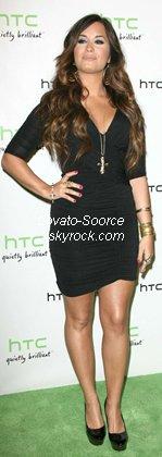 20/07/11 Demi Lovato arrivant au statut HTC Lancement événement social avec Usher événement au Paramount Studios le 19 Juillet 2011 à Hollywood, en Californie.