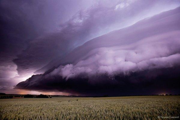 Nicolas Gascard: Le célèbre chasseur d'orages a présenté son travail photographique au 2e Focus Day