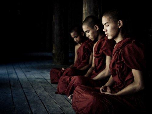 Apprendre le Silence Interieur ........