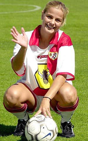 Milene Domingues (1979)