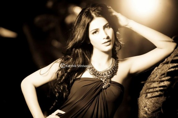 Photoshoot Dhanush - Shruthi  By Karthik Srinivasan (4)