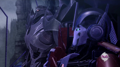 Fanfiction TFp ONE-SHOT :MEGATRON + OPTIMUS=.....un sapin?