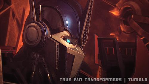 Fanfiction suite chapitre 16: Bienvenus chez les autobot et Trouver Sinistra