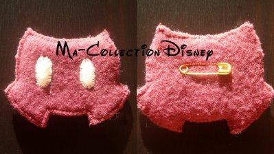 18. Broche short Rouge Mickey