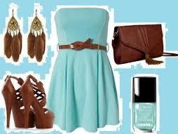 tenu marron et bleu