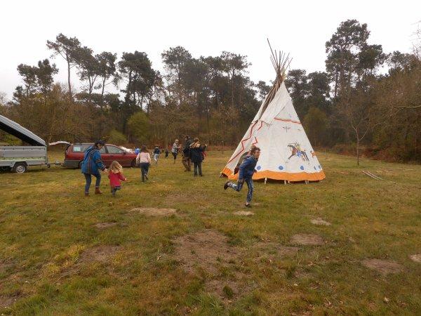 Centre de loisirs PLEUMEUR-BODOU . installation du camps