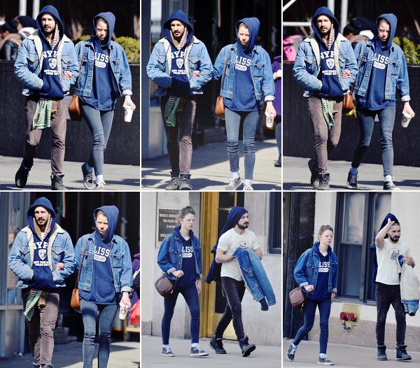 10  Mars : Shia et sa petite amie Mia ont été vu dans les rues de new york après avoir été à un café.