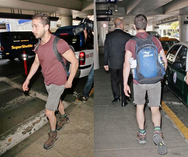 02 Mai : Après être allé à Londres, Shia a été vu à son arrivée à L'aéroport de Los Angeles.
