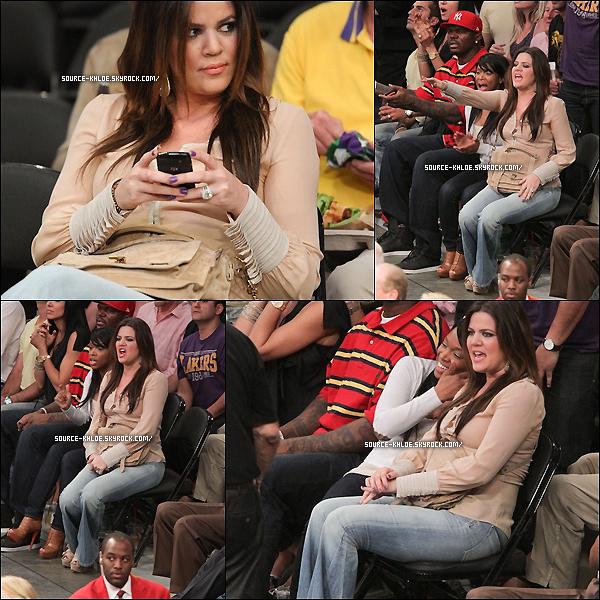 4 MAI 2011 : Khloe et Sa meilleurs amie Malika ont encourager les Lakers lors de la demi-finale .