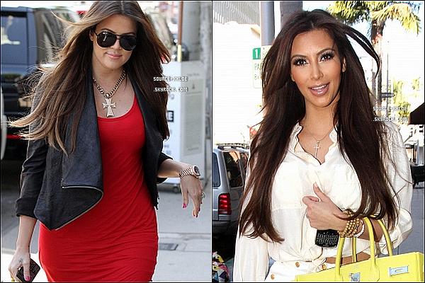 30 JUIN 2011 : Khloe Kardashian ,Kim, Kourtney se sont rendus a la boutique Vera Wang de Los Angeles afin de rechercher la robe de mariée pour Kim . Elles été accompagnés de leur mère Kris & du fils de Kourtney (Mason).