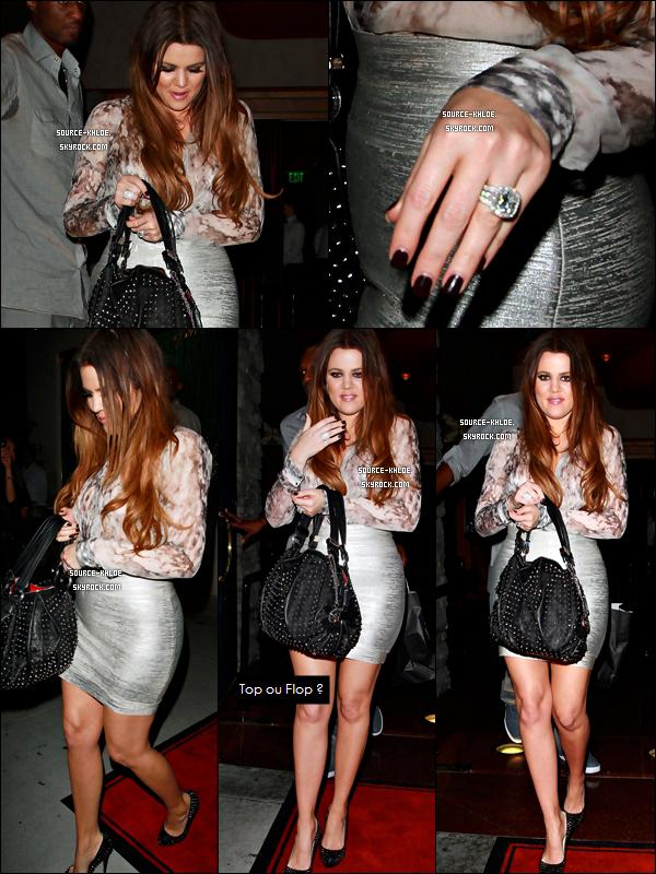 """Lundi 19 Septembre 2011: Khloe Kardashian et Son Marie Lamar ont été aperçu sortant du restaurant Mastro's Steakhouse à Beverly Hills. Ils ont été rejoints par Rob & sa partenaire de """"Dancing with the stars"""" Cheryl Burke."""