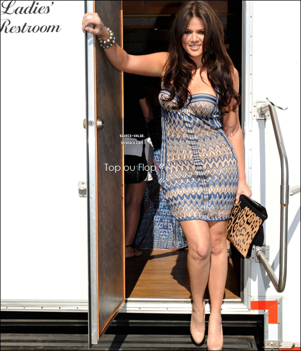 FLASH-BACK / CANDIDS   Aout 2010 : Khloé à était au Challenge Bridgehampton Polo