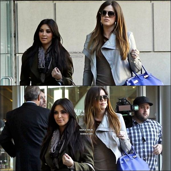 CANDIDS / SORTIE     04/01/2012 : Khloe & kim sortant du magasin Stanley Korshak ou elles ont fait du shopping à Dallas