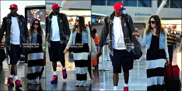 .    * CANDIDS * _   19.06.12 : Khloe & lamar ont était vu à l'aéroport de Los Angeles. Le couple partait en direction New york pour un séjour.