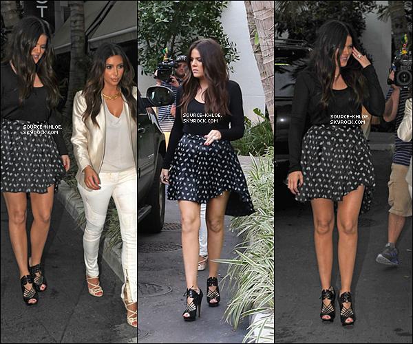 .    * RATTRAPAGE DES NEWS * _   10.10.12 : Khloé et ses soeurs se sont rendu dans une boutique Marc Jacobs à Miami.