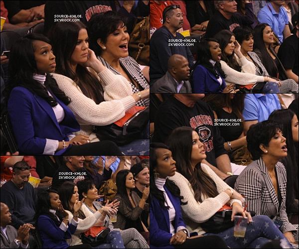 .          07/11/12 : Khloé Kardashian et Mario Lopez ont présenter le 3éme épisode de x factor USA.