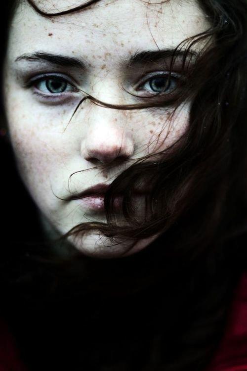 ◄ La distance ne signifie rien, quand quelqu'un signifie tout.