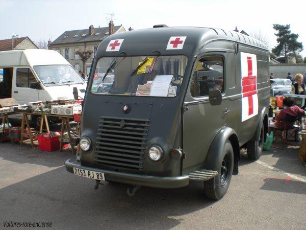 renault 1000 kg r2065 4x2 ambulance arm e blog de voitures rare ancienne. Black Bedroom Furniture Sets. Home Design Ideas