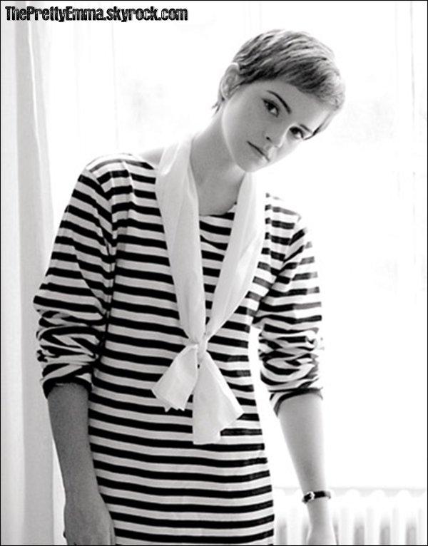 .Emma Watson parle de ses goûts avec  Derek Blasberg pour le magazine Harper's Bazaar.  .