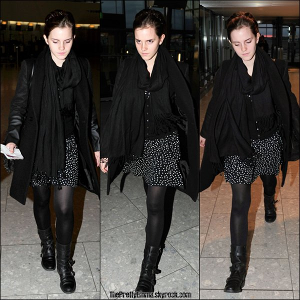 .26/09 : Emma était à l'aéroport de Londres en direction de New York !  .