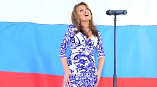 From the Crimea - with Love! Unexpected performance of the anthem of Russia.
