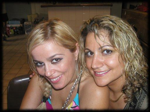 RUTH MARLENE et ELENA
