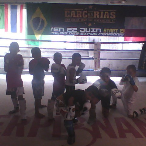 MOI A MON CLUB DE BOXE CACHARIAS
