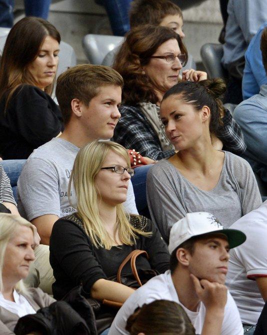 [VIE PRIVEE] Helga et Ute Badstuber pendant le match (26.10.2013)