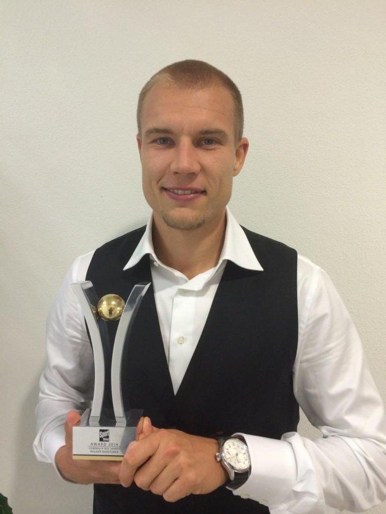 Holger gagne l'award du retour de l'année de Sportbild(25.08.2014)
