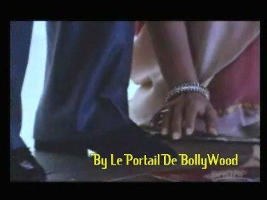 Pourquoi dans certains Films les personnages se touche les pieds ?