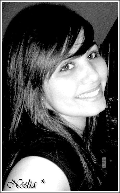 LeiiLa - Noeliia  .  18 Ans  .  En cOuple  ( Ou Pas ) ♥