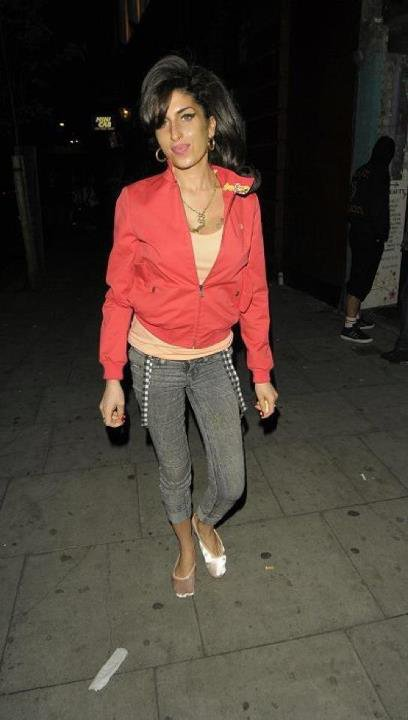 Amy Winehouse retourne en studio