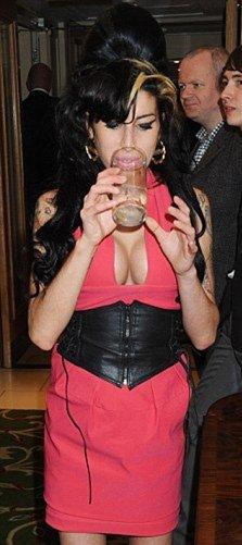 Amy Winehouse : de nouveau infidèle ?