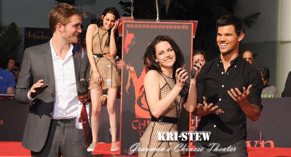 Kristen - 3 novembre - Grauman's Chinese Theater :