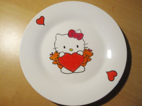 Assiette Hello Kitty en Porcelaine fait main !