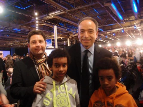 William Ombagho  &  Kenny Ombagho & Frédéric Bouscarle  rencontre Jean-François Copé Secrétaire Général de l' UMP