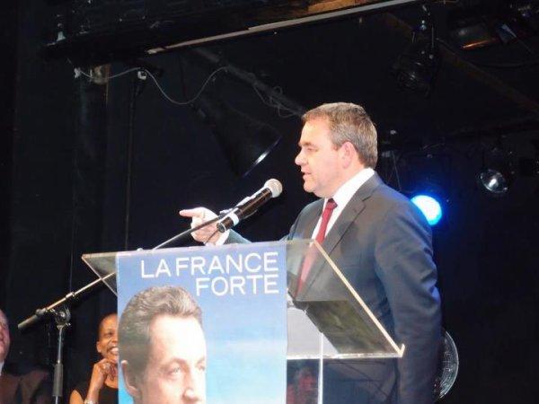 Réunion publique de soutien à Nicolas Sarkozy, Xavier Bertrand Ministre Travail de l' emploi et  Santé