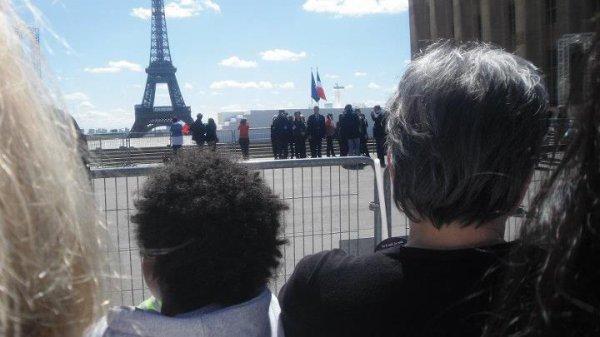 Grand rassemblement 200.000 Personnes  autour Nicolas Sarkozy  Place Trocadéro a Paris