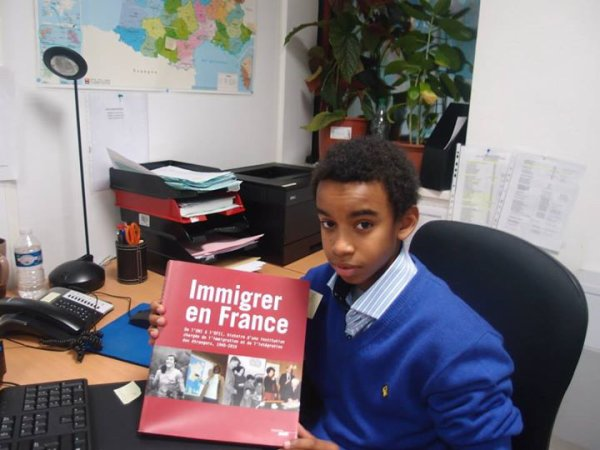 William Ombagho , jeune  etudiant 15 ans au  Stage OFII - Office Français de l ' immigration et de l' integration 2013 - 2014