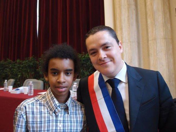 """Roméro de Amorim Maire-Adjoint rencontre William Ombagho,Jeune militant de 15 ans """" Conseil d' installation à Hotel de Ville de Saint-Maur-des-Fossés ( Val de Marne ) """""""