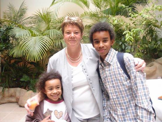 """Dominique SOULIS Maire-Adjoint rencontre William Ombagho,Jeune militant de 15 ans & Hillary ombagho de 6 ans """" Conseil d' installation à Hotel de Ville de Saint-Maur-des-Fossés ( Val de Marne ) """""""